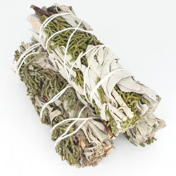 White Sage & Juniper Smudge Sticks 25-30gr